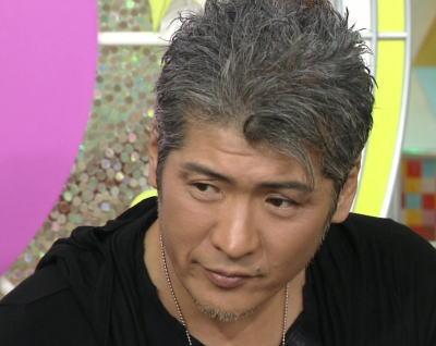 吉川晃司さんのアップバンクショートヘア
