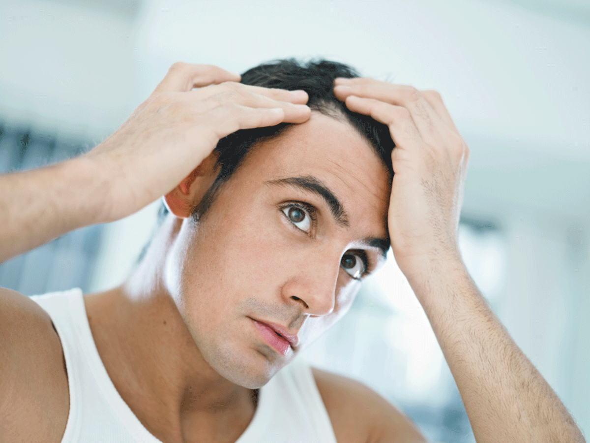 前髪や頭頂部が薄くなってきたような!