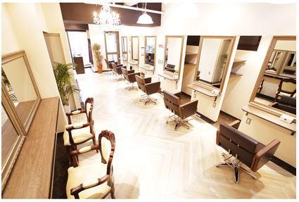 Hair Resort Rydia 新宿東口店【ヘアーリゾートリディア】[東京都新宿区新宿]
