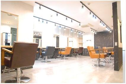 Aust hair Stella新宿店【オーストヘアーステラ】[東京都新宿区西新宿]