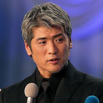 「吉川晃司」さんの白髪ヘア