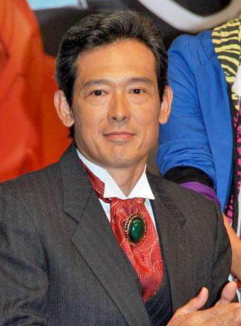 「鶴見辰吾」さんの白髪ヘア